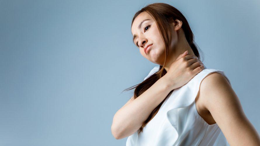 首コリ・肩コリ、まとめて3秒で解消するストレッチ